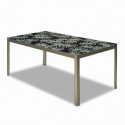 Dining Table with oxidated aluminum legs